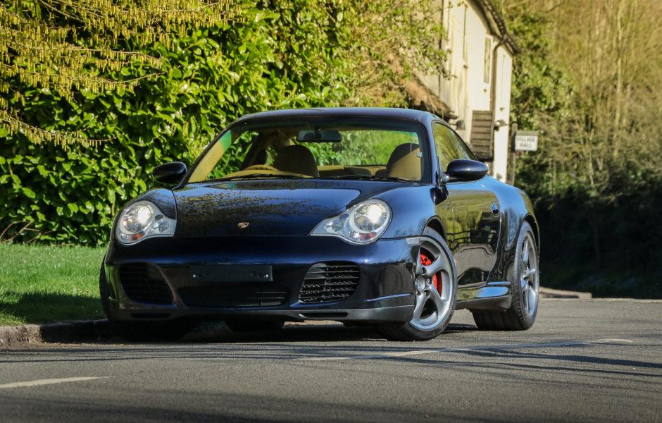 Porsche 911 Carrera 4S M R Sportscars